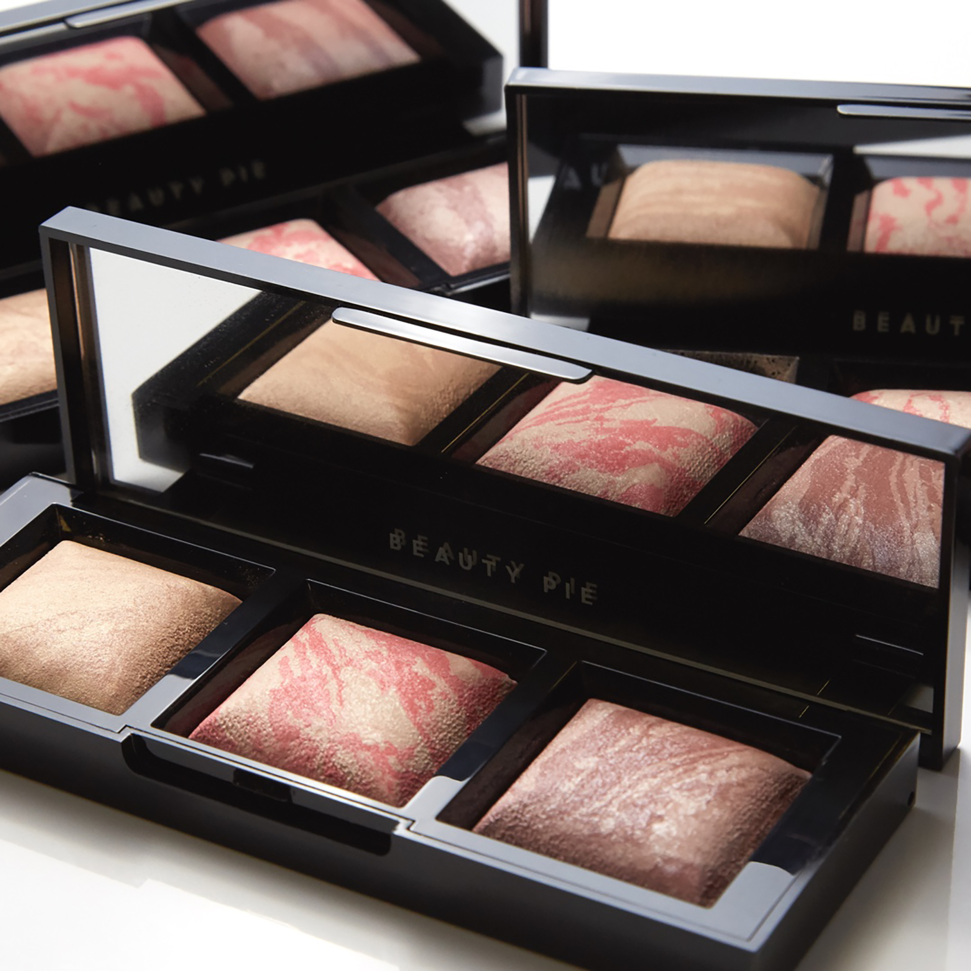 Triple Beauty Good Lighting Luminous Trio by Beauty Pie