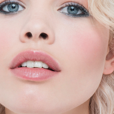 Fantasticolour Sculpting Lipstick in Vegas Nude
